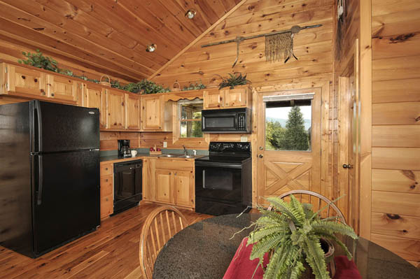 Fully equipped kitchen in Cherokee Sunset.