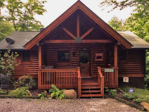 dancing bear private and secluded 2 bedroom cabin