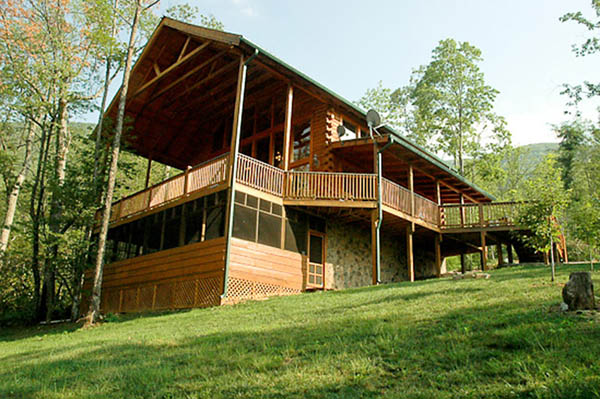 Majestic Memories log cabin