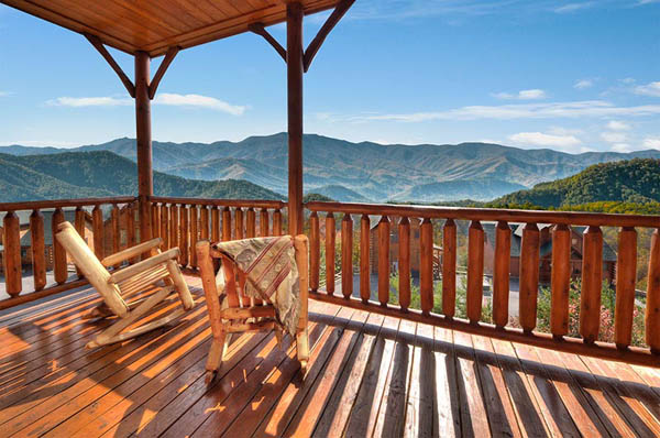 Theater in the Sky - Movie Theater Cabin in Pigeon Forge with ...