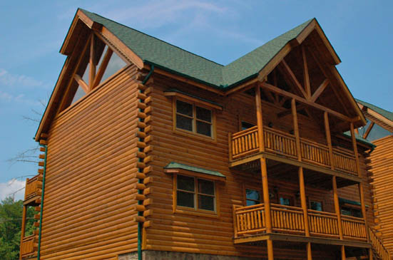Black Bear Lodge - Pigeon Forge Cabins - Gatlinburg Cabins